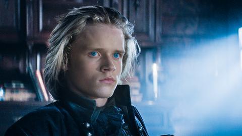 Leo (Ulrik William Graesli), der Erbe der Dracas.