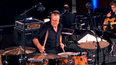 Wolfgang Haffner, Schlagzeug.