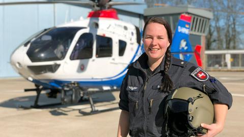 Kirsten Böning ist die erste Hubschrauberpilotin der Polizei in Niedersachsen.