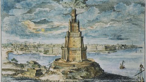 Pharos: unter Ptolemaios II. Philadelphos 280/ 79 v.Chr. errichteter Leuchtturm. Kupferstich nach Johann Bernhard Fischer von Erlach, um 1700, koloriert.