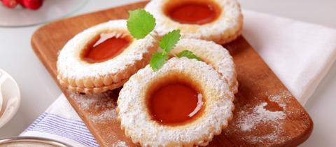Plätzchen mit Marmelade