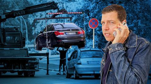 Moderator Philipp Engel verpfeift ein Falschparker-Auto.