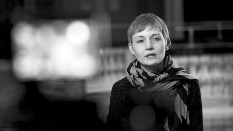 Auf Grundlage genetischer Spuren erzeugt Heather Dewey-Hagborg hyperrealistische 3D-Drucke menschlicher Gesichter.