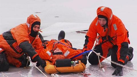 Gefahr auf dem Eis