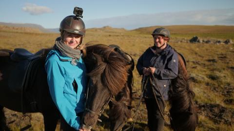 Nina auf Island-Pferde-Tour.