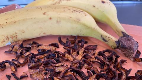 Bananenschalen-Chips