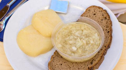 Handkäse mit Brot