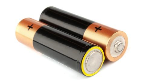 zwei Batterien