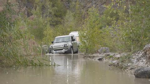 Der Camper von Gernot Becker wird nass: Fahrt durch Gewässer.