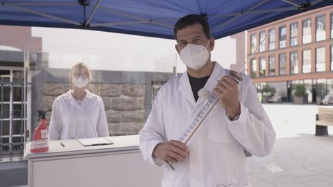 Philipp Engel fragt Corona - werde ich mich impfen lassen?