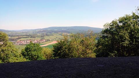 Blick auf Hopfelde, einen Ortsteil von Hessisch Lichtenau im Werra-Meißner-Kreis.