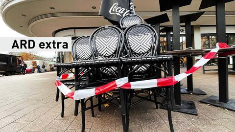 Ein geschlossenes Café im Corona-Lockdown