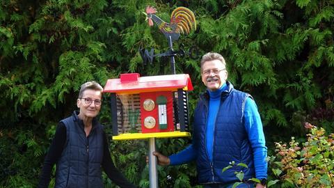 Heike und Heinz Starcke und die hallo hessen - Wettergucker-Station.