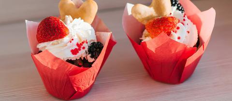 Cupcakes mit Frischkäse und Beeren