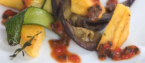 Polenta mit Zucchini und Aubergine
