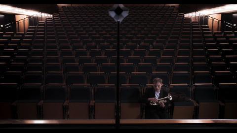"""Szene aus dem Film """"Live"""""""