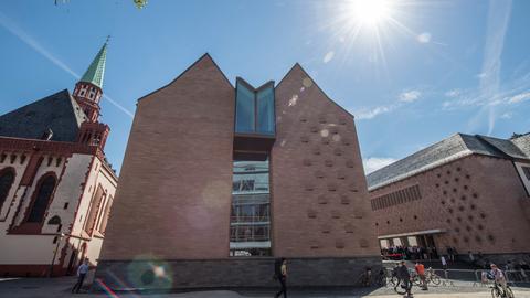 Die Außenfassade des neuen Teils des Historischen Museums in Frankfurt