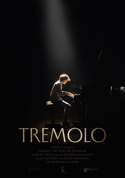 Filmplakat Junge sitzt an einem Klavier