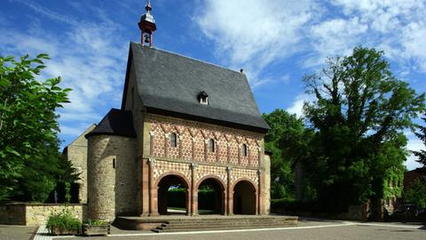 Karolingische Torhalle, Königshalle, Lorsch