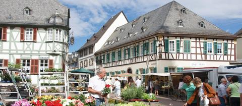 Wochenmarkt in Geisenheim.
