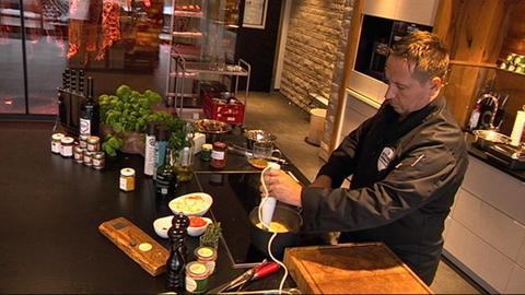 hac - Festtagsbraten - Metzger Ludwig beim kochen