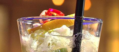 Cocktails, Sekt und Fingerfood
