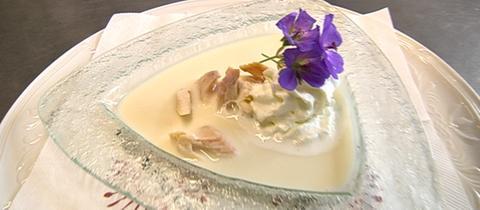 Cremesuppe von der geräucherten Forelle