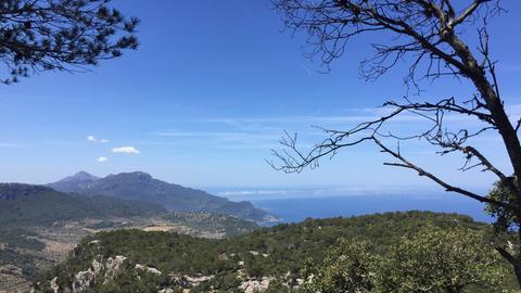 An der Küste der Serra de Tramuntana.