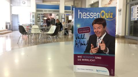 """Buchcover """"Quiz dich hessisch"""""""