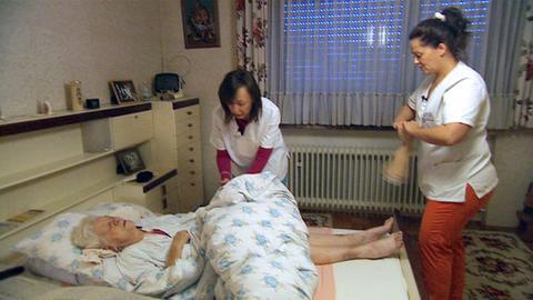 Antonella Berta besucht mit dem Pflegedienst Lazarus Menschen die Hilfe brauchen.