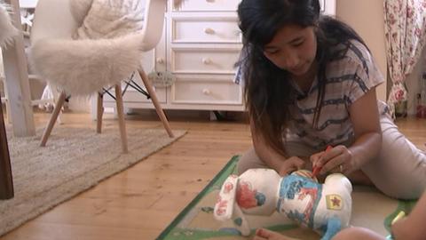 Au-pair Sabina bei der Kinderbetreuung