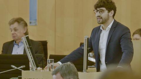 Bijan Kaffenberger hält seine erste Rede im Hessischen Landtag