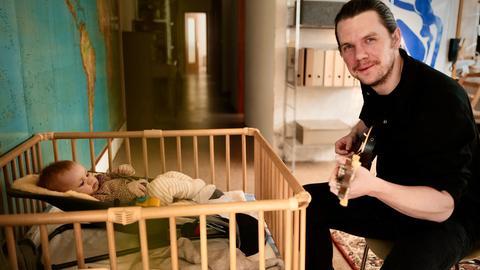 Musiker Hans Koch mit seiner Tochter Ernie