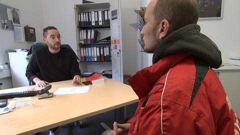 Sozialarbeiter Christian Irion hat gute Nachrichten für Marco