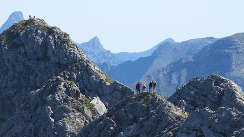 Wanderer auf dem Hindelanger Klettersteig
