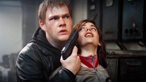 Tatort: Marco (Oliver Bröcker) bedroht seine Freundin Helen (Camilla Renschke)
