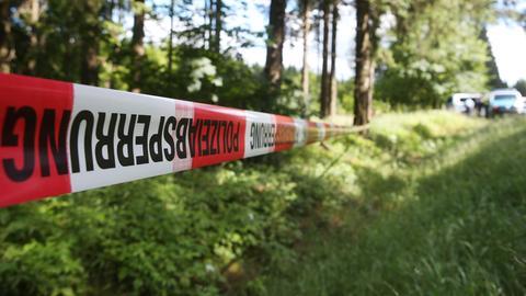 Polizeiabsperrung im Wald