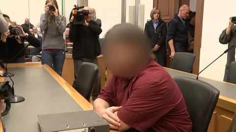 Der Täter Rick J. im Gerichtsaal.