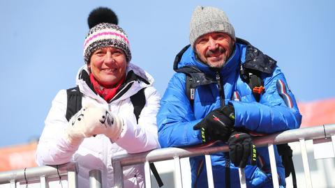 Die früheren Skirennläufer und Eltern von Felix Neureuther, Rosi Mittermeier und Christian Neureuther