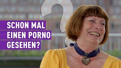 strassen star-Kandidatin mit Schriftzug: Schon mal einen Porno gesehen?