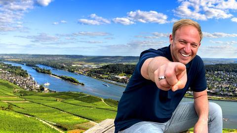 Tobias Kämmerer vor Rhein-Kulisse