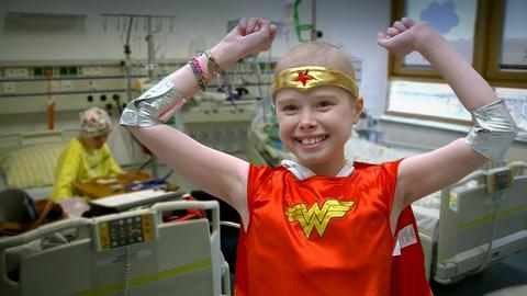 Lina Kraft freut sich: Sie hat den Krebs besiegt.