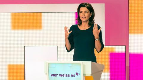 """Petra Theisen im Studio von """"Wer weiss es?"""""""