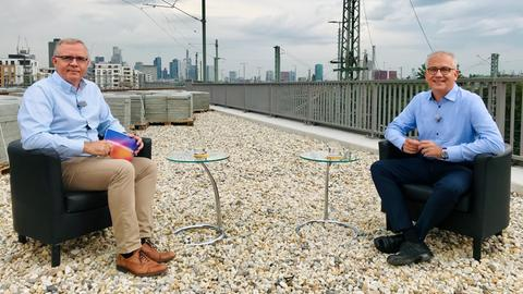 Michael Immel interviewt Tarek Al-Wazir.