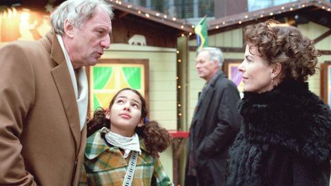 Zwischen Claudio (Günther Maria Halmer), Marcia (Amy Mußul, Mitte) und Katarina (Gudrun Landgrebe, re.) entwickeln sich familiäre Bande.
