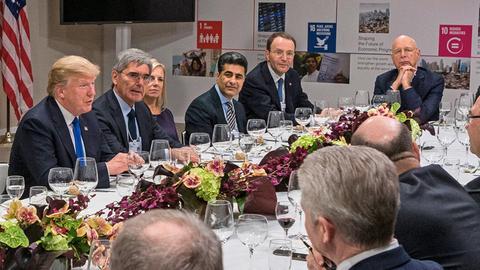 Dinner-Tafel mit Donald Trump, Prof. Klaus Schwab und Europas Wirtschaftselite beim Weltwirtschaftsforum in Davos 2018.