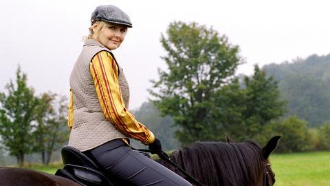 Maja (Katharina Schubert) und Thomas (Götz Schubert) haben sich heftig ineinander verliebt. Doch Thomas hat noch ein Geheimnis.
