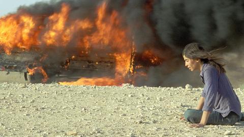 Nawal (Lubna Azabal) musste miterleben, wie zahlreiche Unschuldige massakriert wurden.