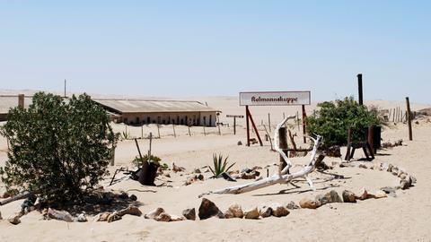 Früher lebten an diesem Ort Diamantenschürfer: Wie geisterhaft präsentiert sich das verlassene Kolmanskop.