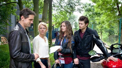 Kristina Katzer und Lukas Hundt ermitteln im Fall des ermordeten Kanuten Ulf Schünemann.